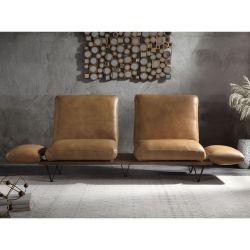 Sofa de cuero moderno y minimalista color nuez moscada